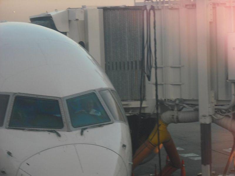 Airport 004.jpg rs