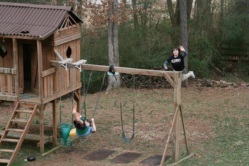 Swinging 001.jpg rs