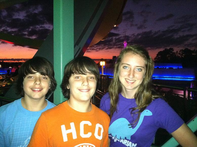 2011-10-24 Disney 057rs