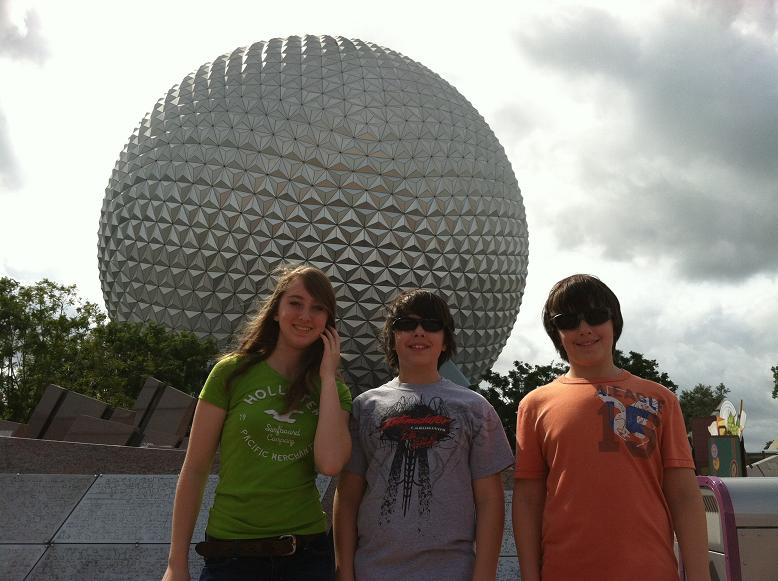 2011-10-24 Disney 010rs