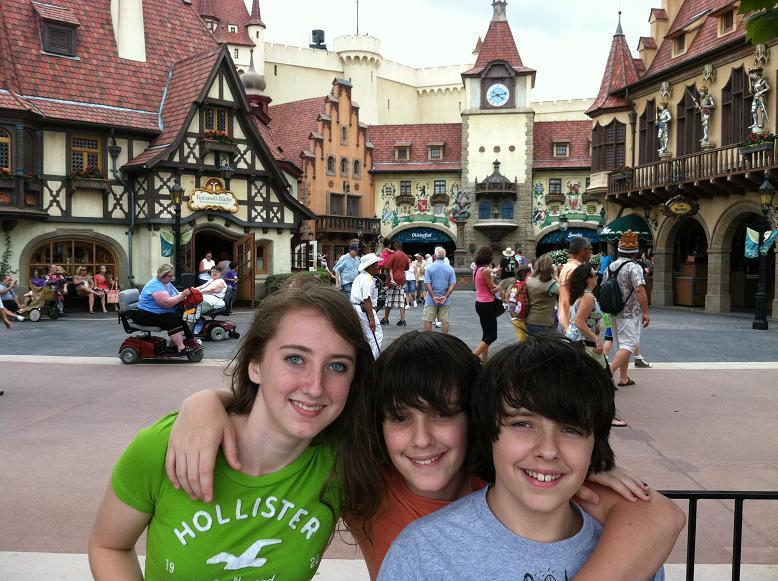 2011-10-24 Disney 017rs